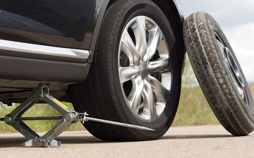 Roadside Assistance - Flat Tire Change